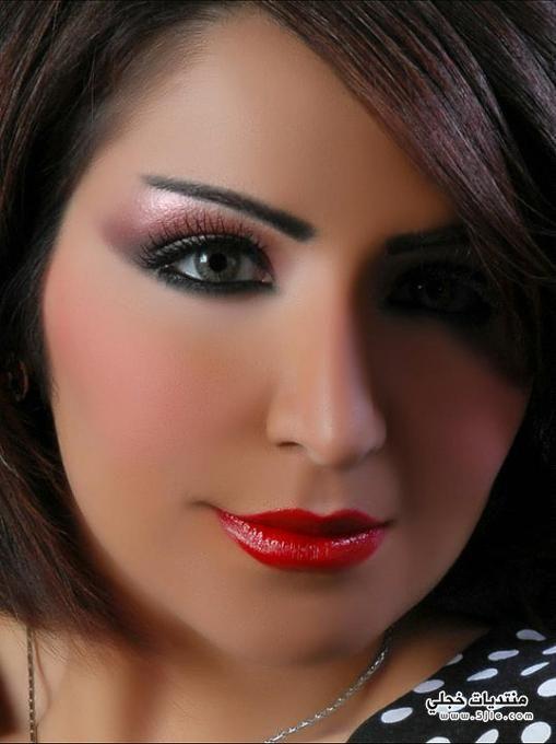 الفنانة الكويتية الكويتية الفنانة الكويتية