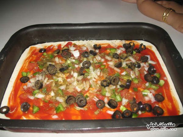 طريقة البيتزا السائله مقادير البيتزا
