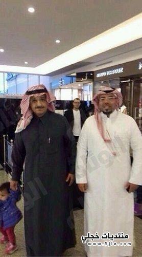 امير الرياض يتسوق برفقة احفاده