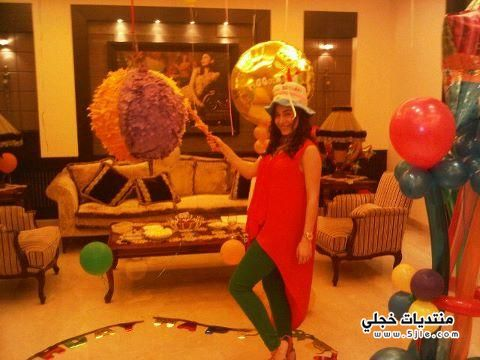 يارا تحتفل بعيد ميلادها احتفل
