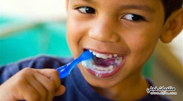 طريقة تشجيع الطفل تنظيف اسنانة