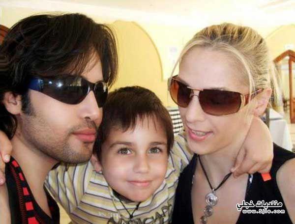 تومي عمران ابنه وزوجته تومي