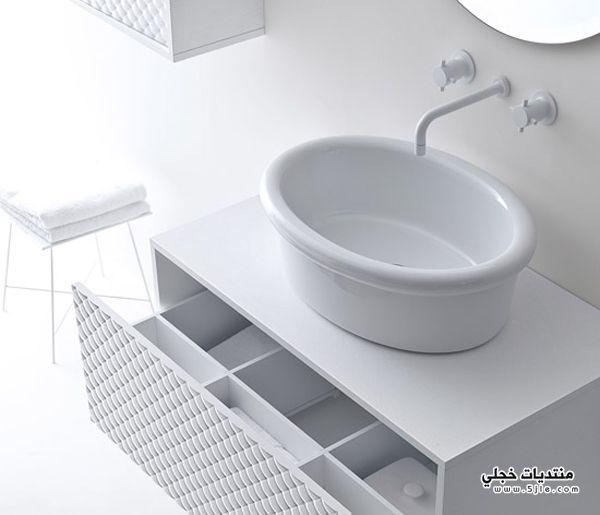 ديكورات حمامات ابيض واسود 2013