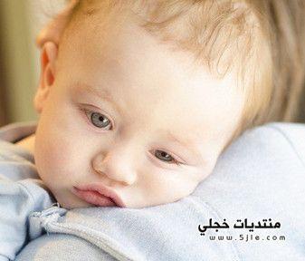 تقيؤ الرضيع المتكرر
