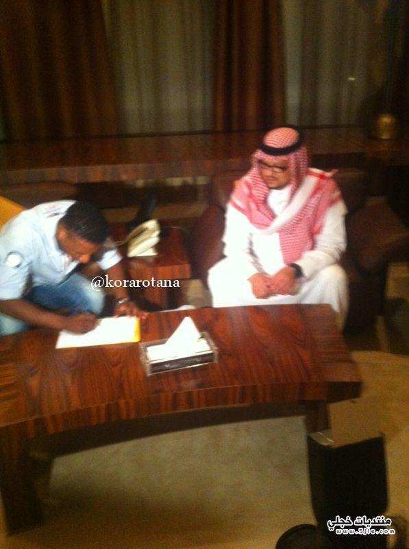 محمد يوقع النصر محمد نصراوي