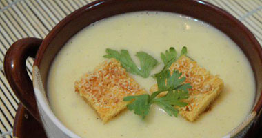 طريقة حساء البطاطس الشيدر حساء