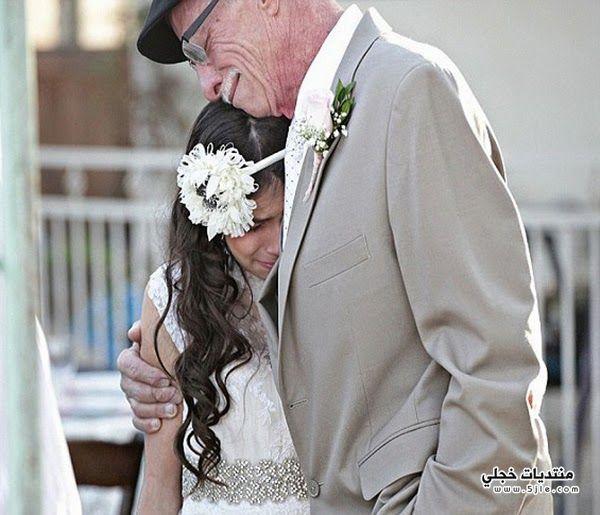 يقيم زفاف رمزي لطفلته ليراها