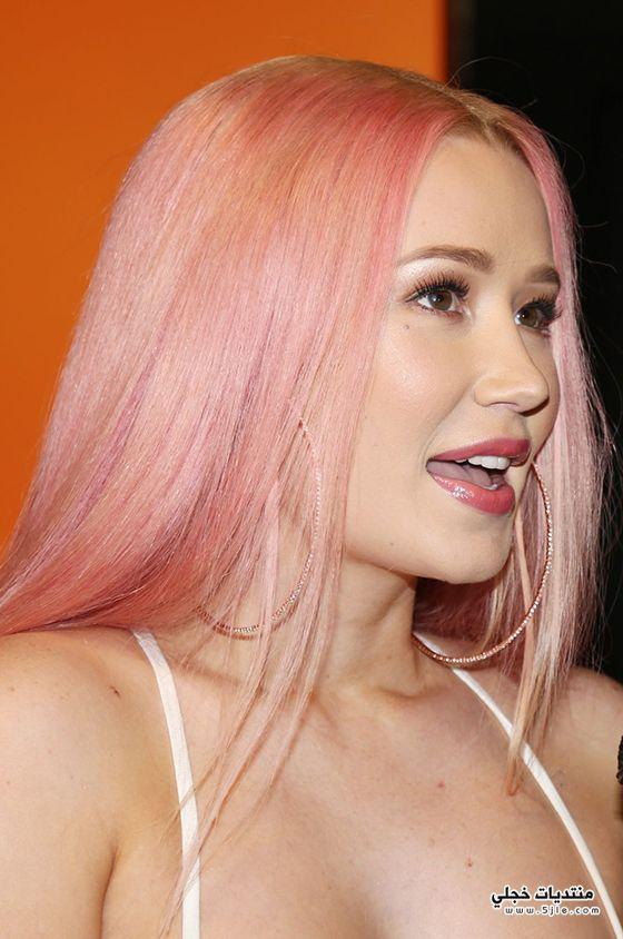 موضة الشعر الوردي