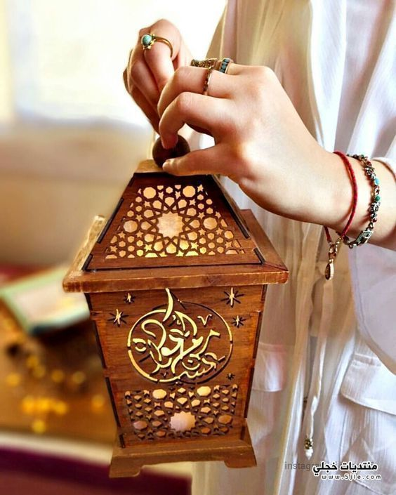 بنات ماسكه فانوس رمضان 2020