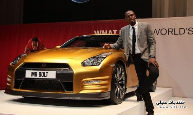 السيارة الذهبية نيسان gt-r 2014