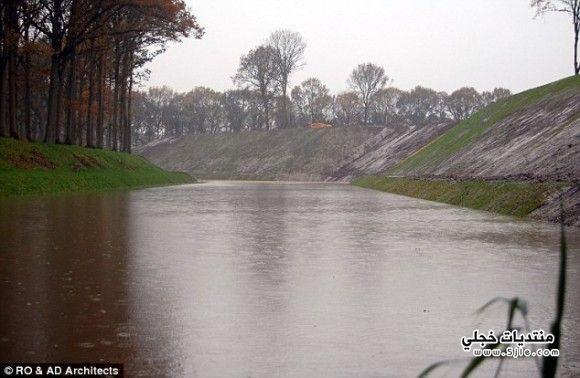 موسى المدهش اغرب يقسم الماء