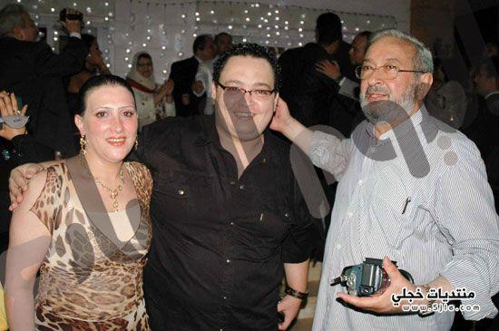 احدث زوجة احمد زوجة الممثل