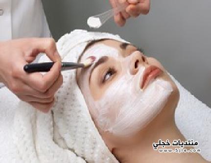 تنظيف البشرة بمعجون الاسنان ماسك