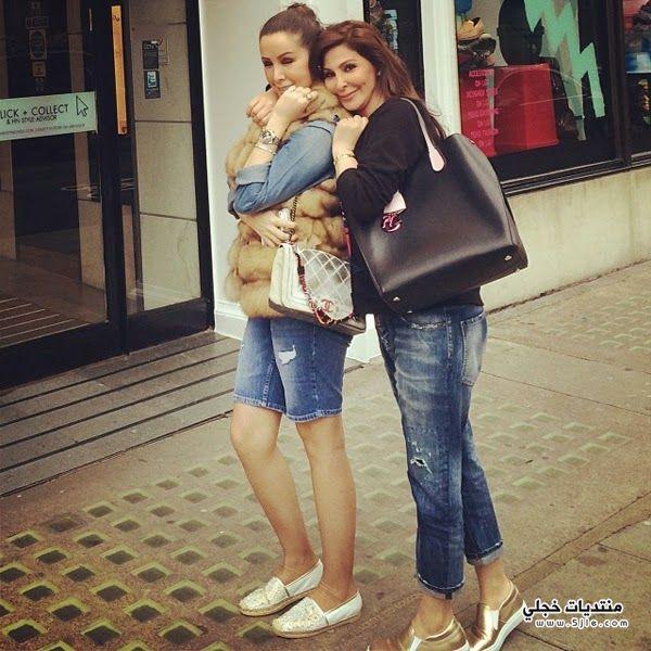 اليسا صديقتها لندن