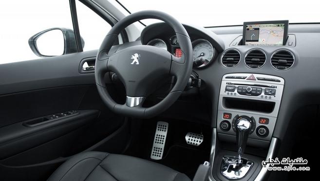 سيارة بيجو 2017