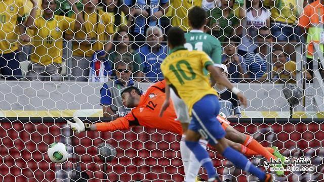 البرازيل تفوز المكسيك القارات خروج