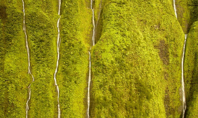 الجبال الباكية معلومات الجبال الباكية