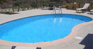 تاثير مياه حمام السباحة الراس
