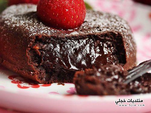 طريقة حلوى الشوكولاتة بالفراولة