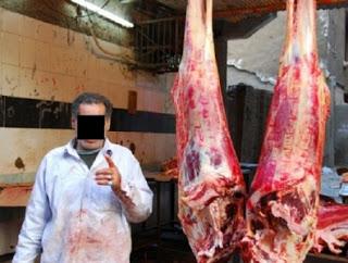 جزار يذبح زوجته ويعرض لحمها