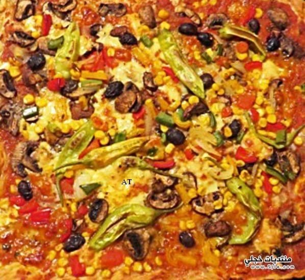 البيتزا اللذيذه