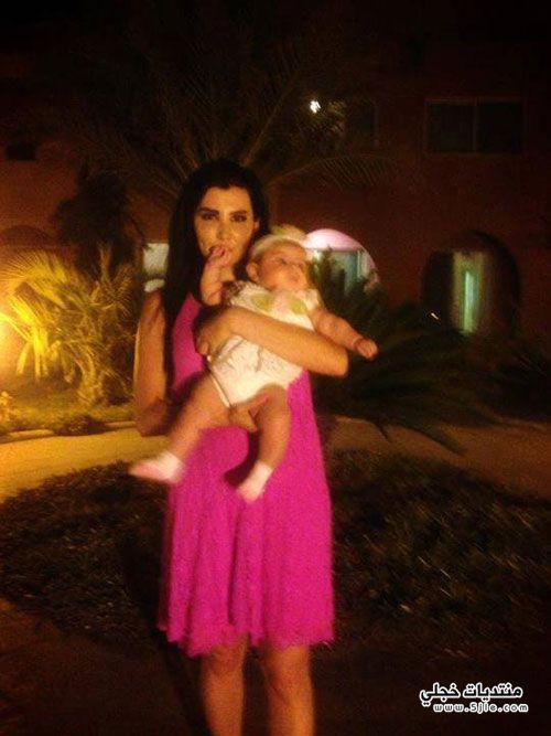 جيني اسبر طفلتها ساندي