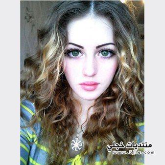 فتاة جميلة
