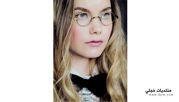 نصائح للمراه التي ترتدي النظارات
