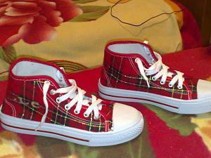كوتشيات للبنات 2014 احذية تجنن