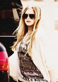 Avril Lavigne 2013 ايفريل لافين