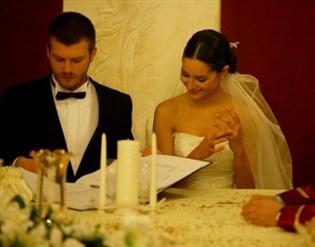 مهند يتزوج ملكة جمال العالم